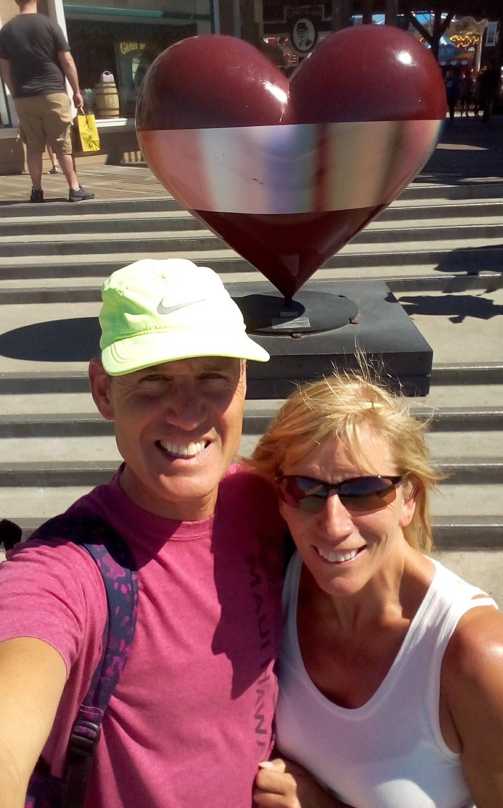 San Francisco Bay Area - Pier 39 heart statue