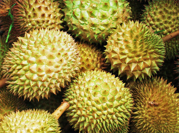 food, strange, worldwide, cuisine, durian, Asia, eating, Anthony Bourdain