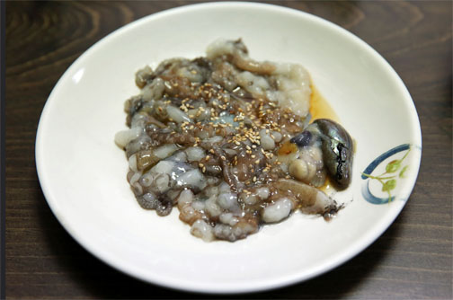 food, strange, worldwide, cuisine, sannakji, South Korea, eating, Anthony Bourdain