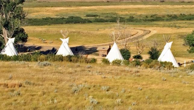 Grassland Saskatchewan Butte Tipis