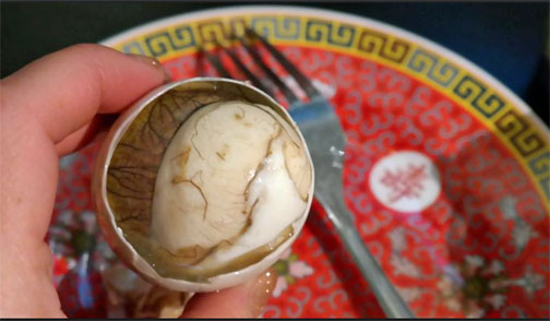 food, strange, worldwide, cuisine, balut, Philippines, Anthony Bourdain