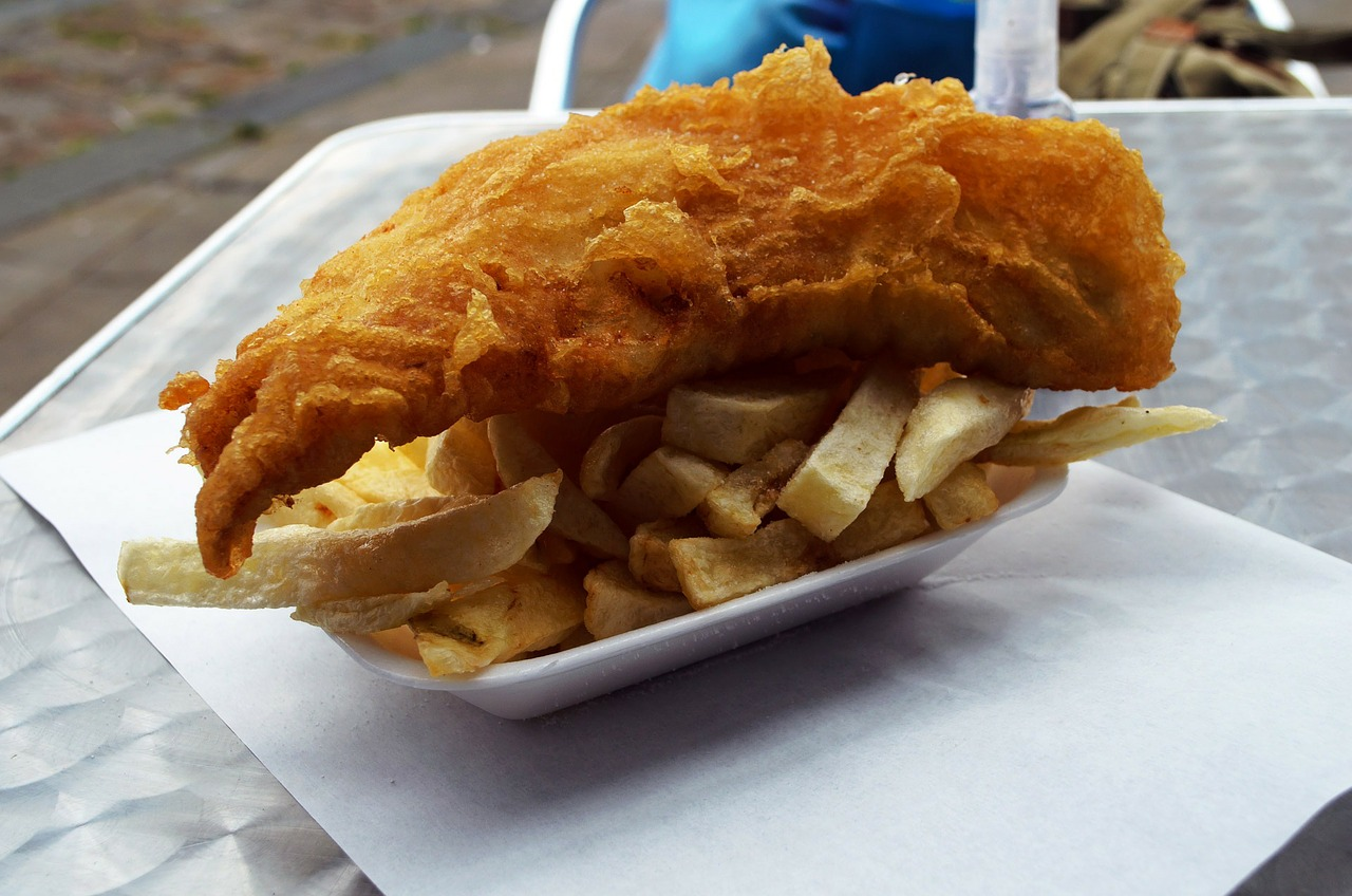 food favourites, favorite food, international cuisine, international cooking, England, Fish and Chips