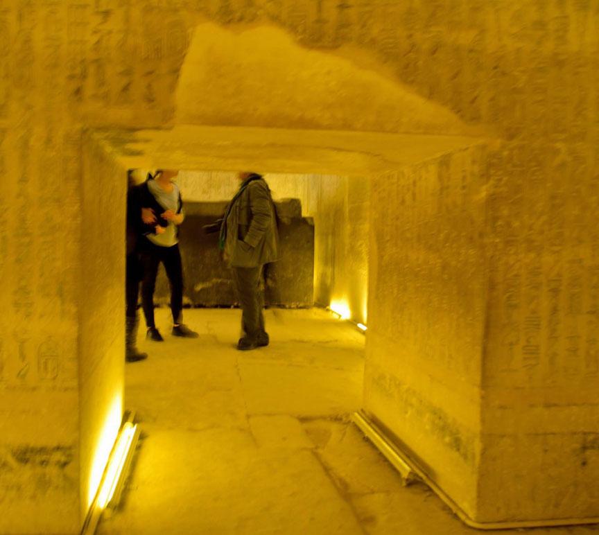 Egypt,Caro,Nile,Sphinx,pharaoh,pyramids,GizaPlateau,Travel,Sehmet,Tombs,alabaster,hieroglyphics,camels,Mena House,Marriott,Khafre,Khufu,Menkaure,