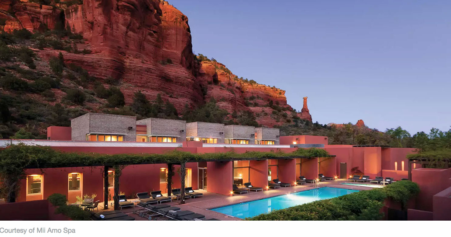 spa with pool in Arizona - cliffs behind