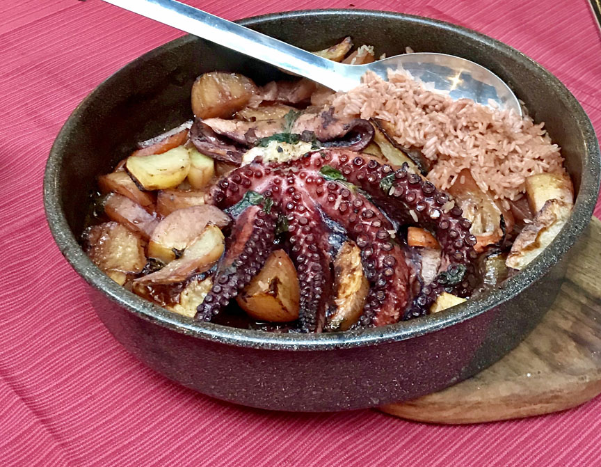 Croatia, peka,octopus, Vis, Roki's Konoba