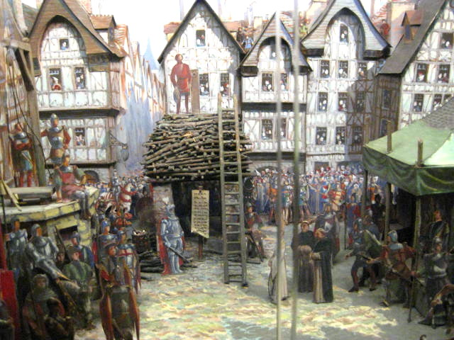 A small diorama in the historical museum depicts the scene of Joan of Arc