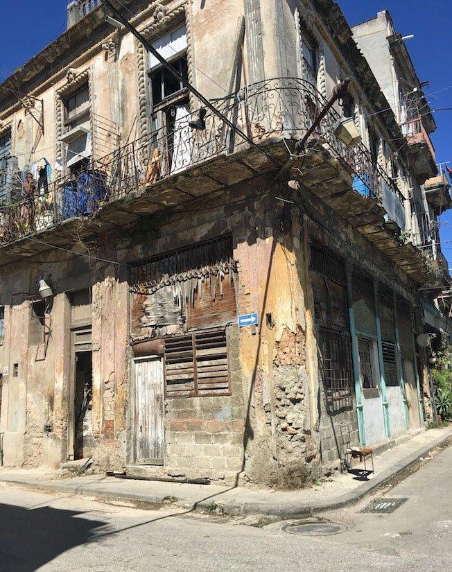Flying Solo Havana
